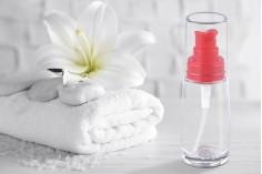 Γυάλινο μπουκάλι για κρέμα στρόγγυλο 30 ml με πλαστική αντλία κόκκινη ή μαύρη και διάφανο καπάκι
