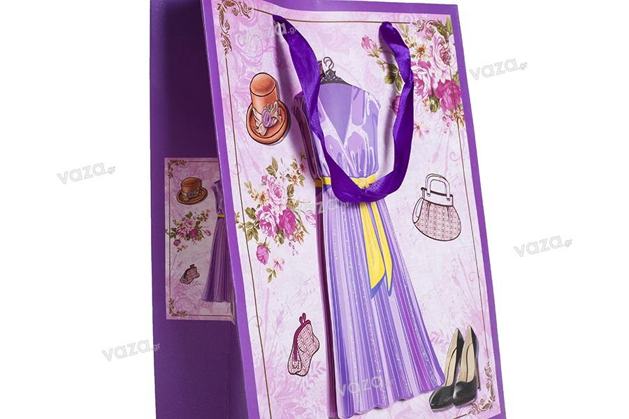 """Χάρτινη 3-D τσάντα δώρο, σχέδιο """"μωβ φόρεμα"""", μέγεθος """"M"""", 26x10x32cm"""