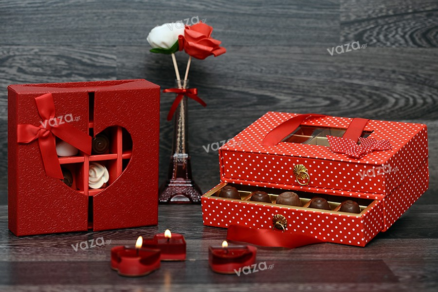Boîte de chocolats à 15 places avec deux tiroirs et poignées en satin en 3 couleurs 210x140x85