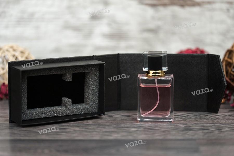 Θήκη πολυτελείας με μαγνητικό κλείσιμο σε μαύρο χρώμα 139x89x45 mm (για φιάλη 50 ml)