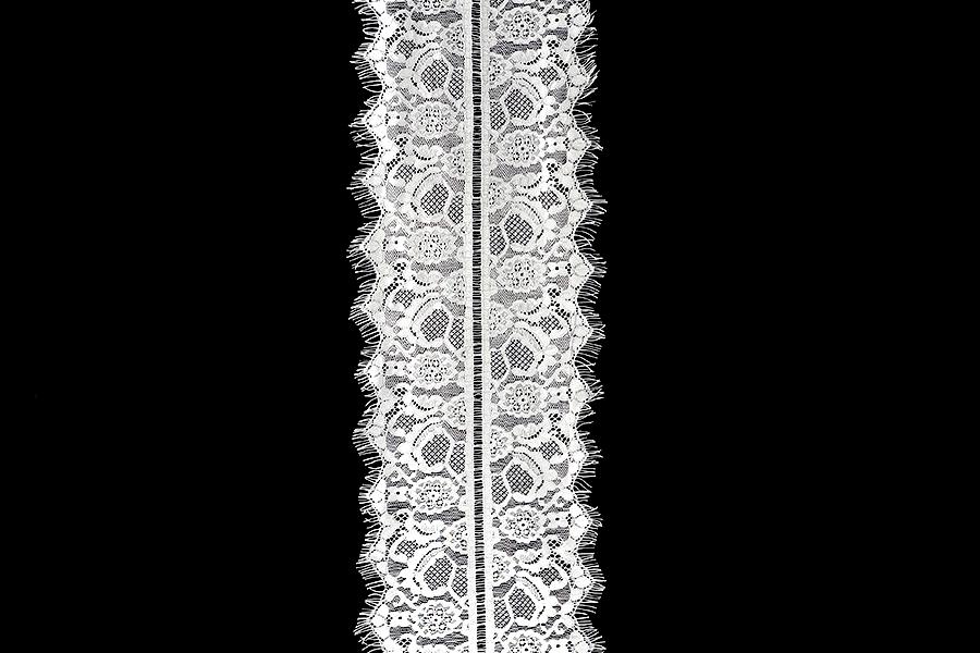 Δαντέλα νάιλον μαλακή πλάτος 200 mm - 3 μέτρα το τεμάχιο