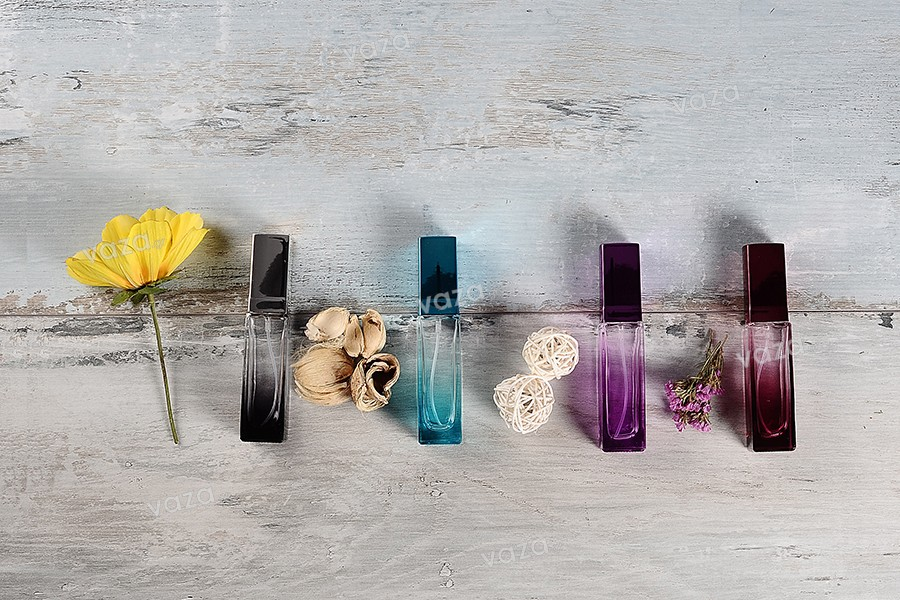 Φιάλη αρωμάτων 20 ml γυάλινη σε διάφορα χρώματα ντεγκραντέ με σπρέι και καπάκι