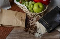 Σακουλάκια αλουμινίου τύπου Doy Pack με βαλβίδα, εξωτερική χάρτινη επένδυση κραφτ, κλείσιμο με θερμοκόλληση, άνοιγμα με ταινία ασφαλείας και χρήση του zipper, ιδανικά για σκόνη καφέ 95x55x185 mm - 25 τμχ